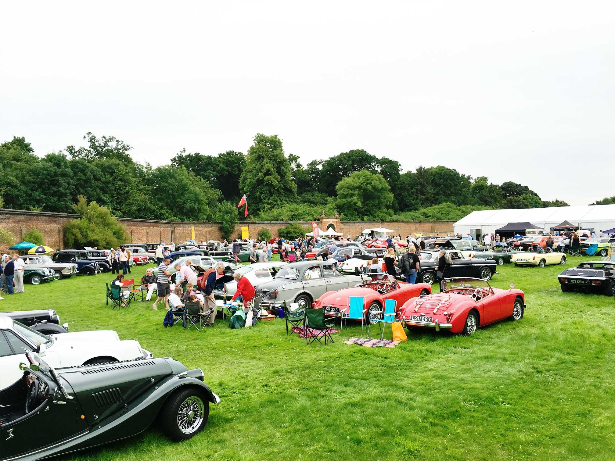 classic_cars_at_luton_hoo